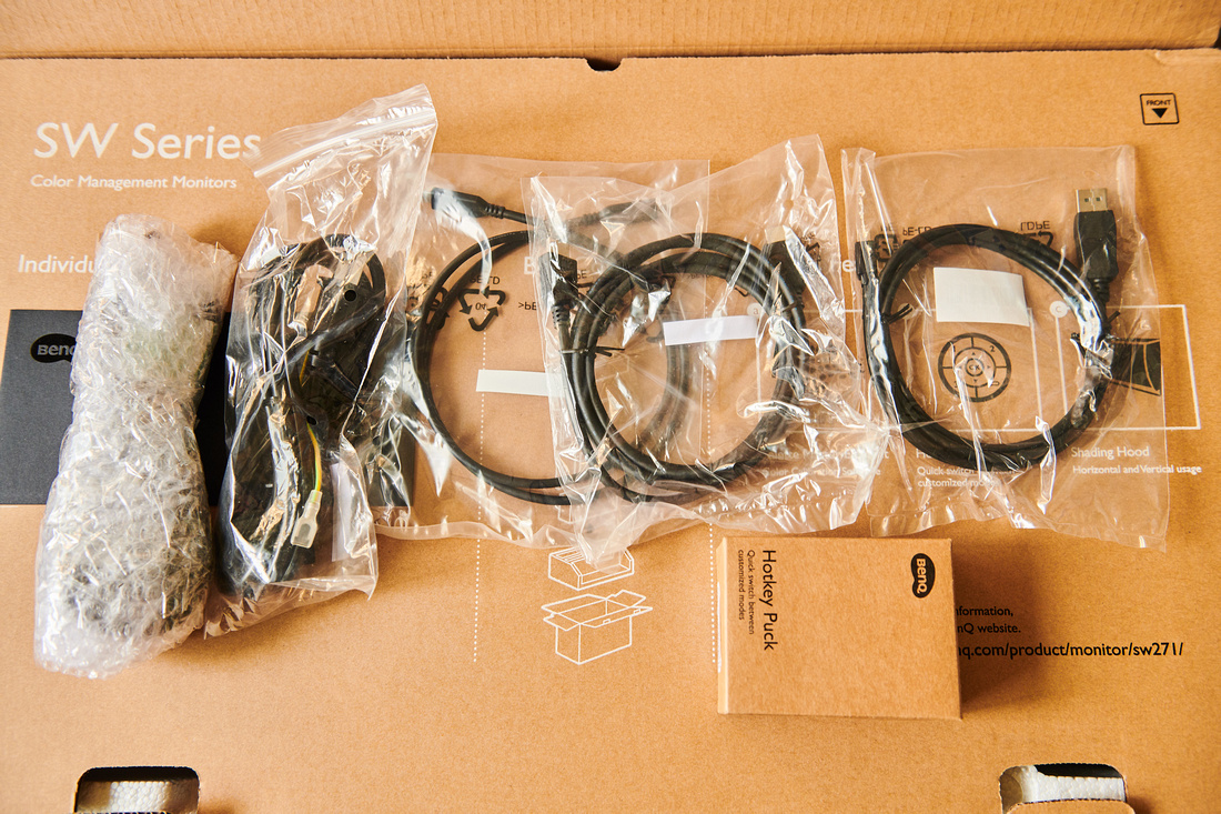 BenQ SW271 cables and accessories